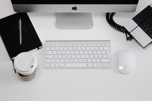 imac, phone, keyboard, mouse, coffee, notebook