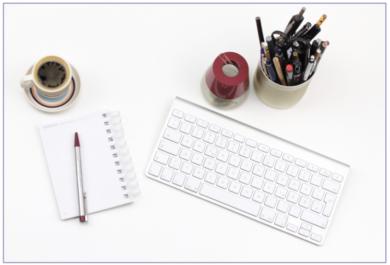 Kreativdienste-Schreibtisch